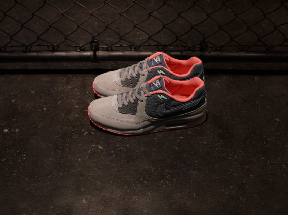 mita sneakers x nike air max light premium 1 570x427 mita Sneakers x Nike Air Max Light Premium