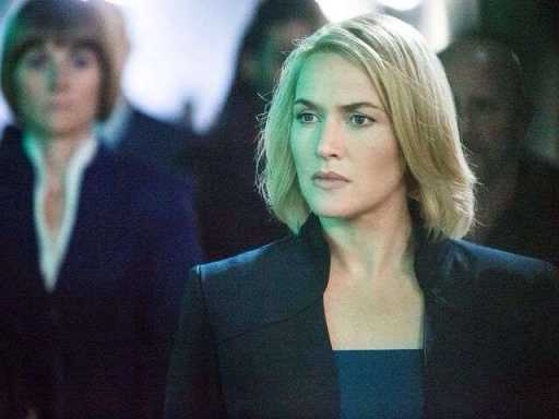 Kate Winslet receiving star on Hollywood 'Walk of Fame'