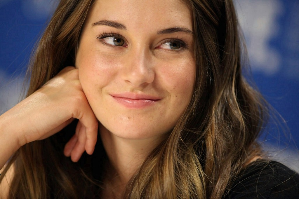 Shailene Woodley admits to 'hooking up' with co-star after filming