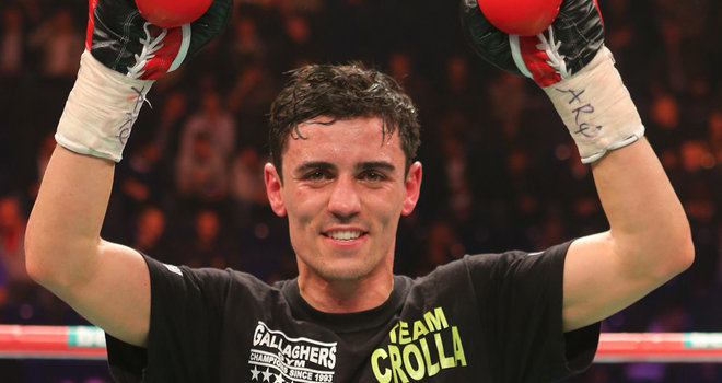 Crolla wins bloody battle