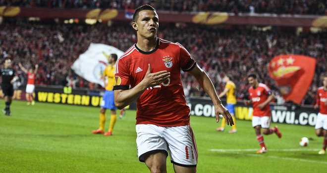 Benfica snatch the advantage