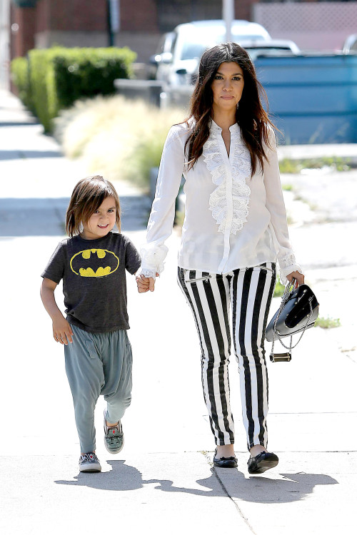 Kourtney Kardashian and Mason: Shoppin' In The Sunshine
