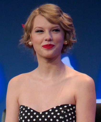 Taylor_Swift_3,_2011