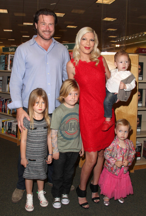 Tori Spelling Book Signing At Barnes and Noble