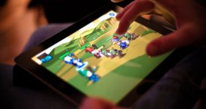 Mobile Devices Breathe New Life Into Gaming Industry