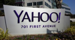 Yahoo's Q2 Revenue Graph Slides Downward by 15 pc