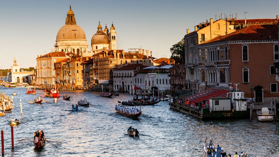 Venice city to spot celebrities