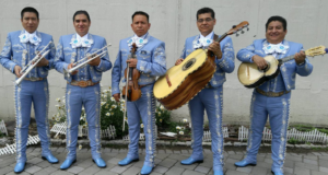 Mariachi: the music and musicians
