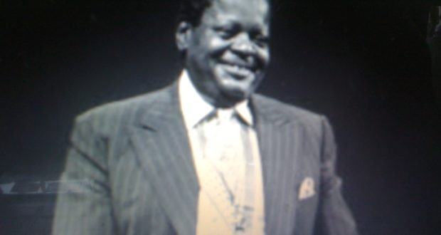 Oscar Emmanuel Peterson biography (1925-2007)