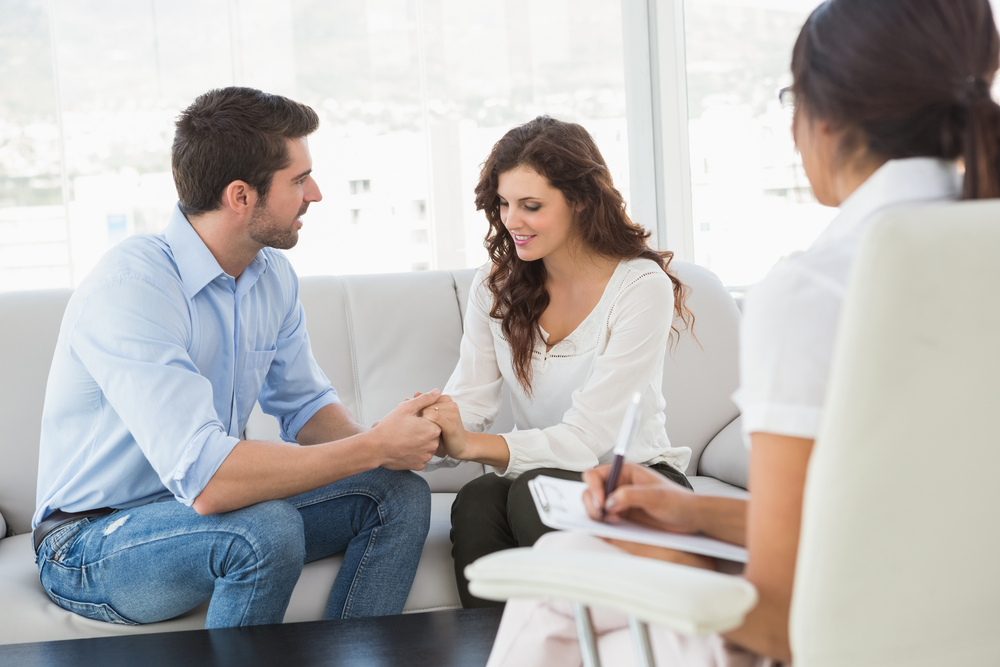 Couples Therapy Sessions Is It a Good Idea to go Couples Therapy Sessions?