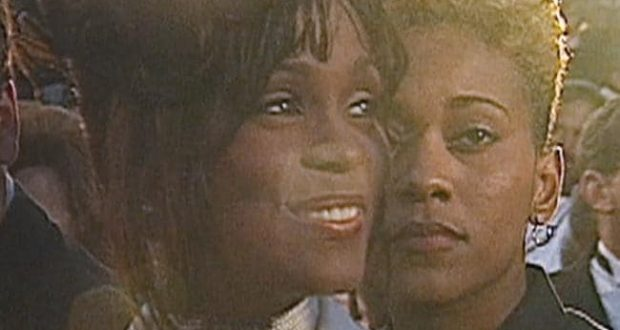 Robyn Crawford discloses having physical relationship with Whitney Houston