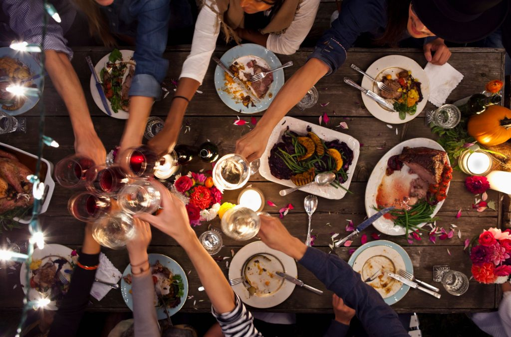 Food and drinks Easy Ways to Plan an Unforgettable Party