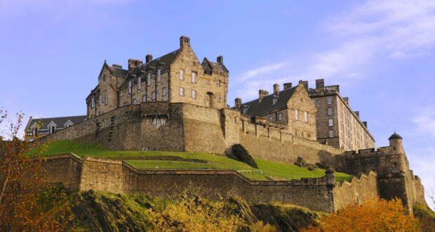 Edinburgh Castle, the defender of Scotland
