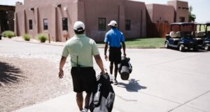 How to travel with hybrid golf clubs
