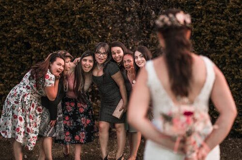 How to choose bridal party with sensitivity